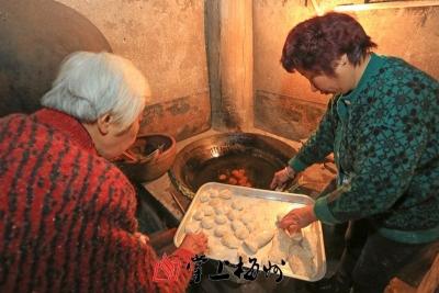 """自制传统小吃迎新年,来感受梅州人的""""年味"""""""