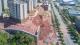 梅城学子大道一挡土墙坍塌,疑为降雨增加边坡负荷引发,将停工监测