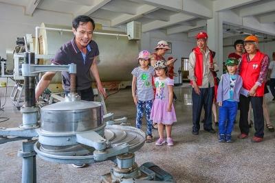 第七届禅茶文化旅游节开幕 八方游客共享春茶盛宴