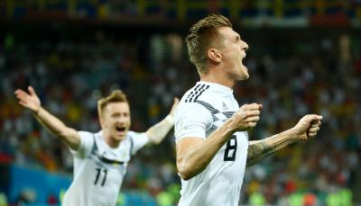 德国2-1绝杀瑞典!罗伊斯破门 克罗斯读秒任意球绝杀