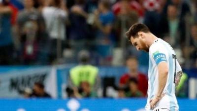 """阿根廷球迷:""""现在,我们只能指望尼日利亚了!"""""""